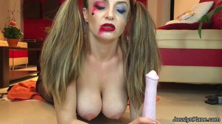 Harley Quinn is fucking her horse dildo and pooping (JosslynKane) 3 November 2017 [FullHD 1080p] 1.64 GB
