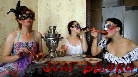 Three friends eat their own shit (ModelNatalya94) 24 Jule 2018 [FullHD 1080p] 1.10 GB