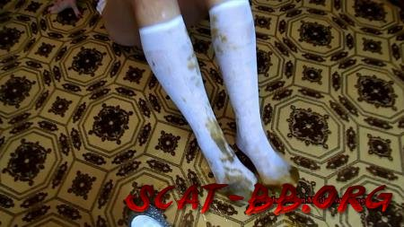 My friend and shit and piss in white socks (ModelNatalya94) 3 July 2019 [FullHD 1080p] 1.02 GB