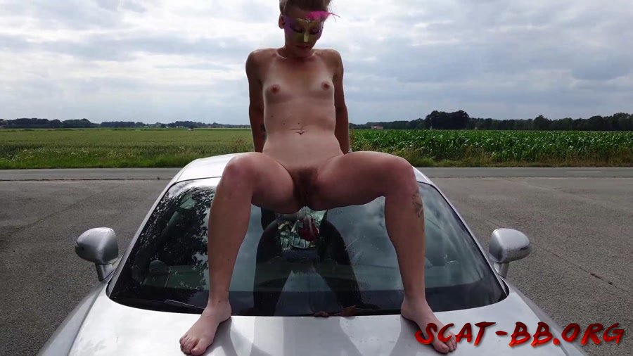 Shit and piss in public on a car (Versauteschnukkis) 1 July 2020 [FullHD 1080p] 250 MB
